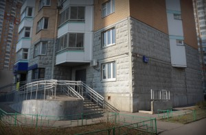 Дом №19 корпус 1 Радужная улица, Град Московский