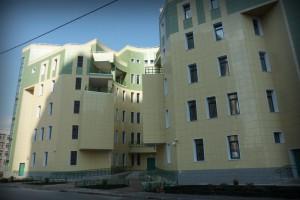 Здание №7 (поликлиника) Радужная улица, Град Московский