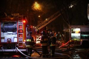 Пожар на складе в деревне Саларьево в Новой Москве