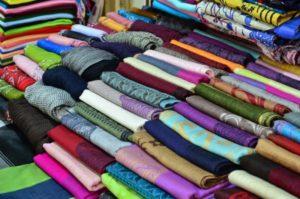 Преимущества оптовой покупки тканей в интернет-магазине