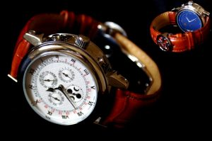Покупка швейцарских часов в ломбарде – возможность обзавестись элитным аксессуаром по доступной цене