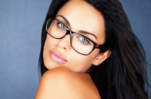 Качественные очки, линзы и оправы в фирменном интернет-магазине OPTICMALL
