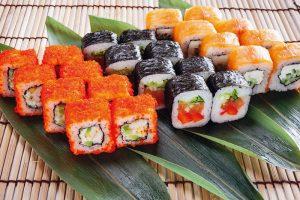 ТОП-5 популярных разновидностей суши