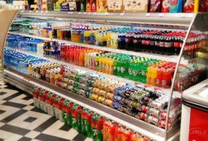 Безалкогольные напитки в магазине
